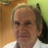 Dr Nicholas Straiton